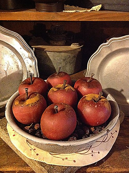 Prim Cuttable Apple-crisp and candied,baked apple, mulled cider