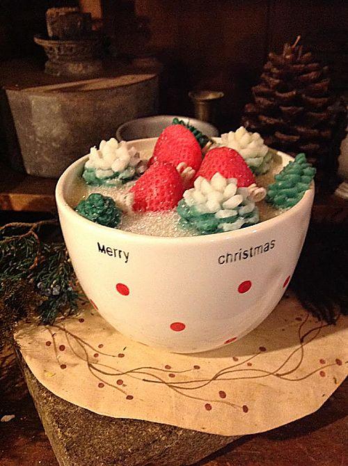 Strawberry Spruce Candle Large Christmas Bowl-